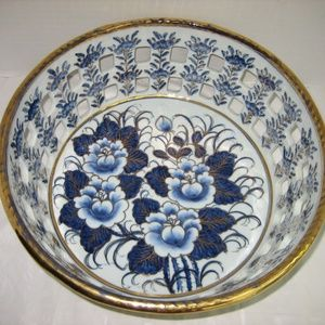 Floral Blue/ White Porcelain Perforated Fruit Bowl